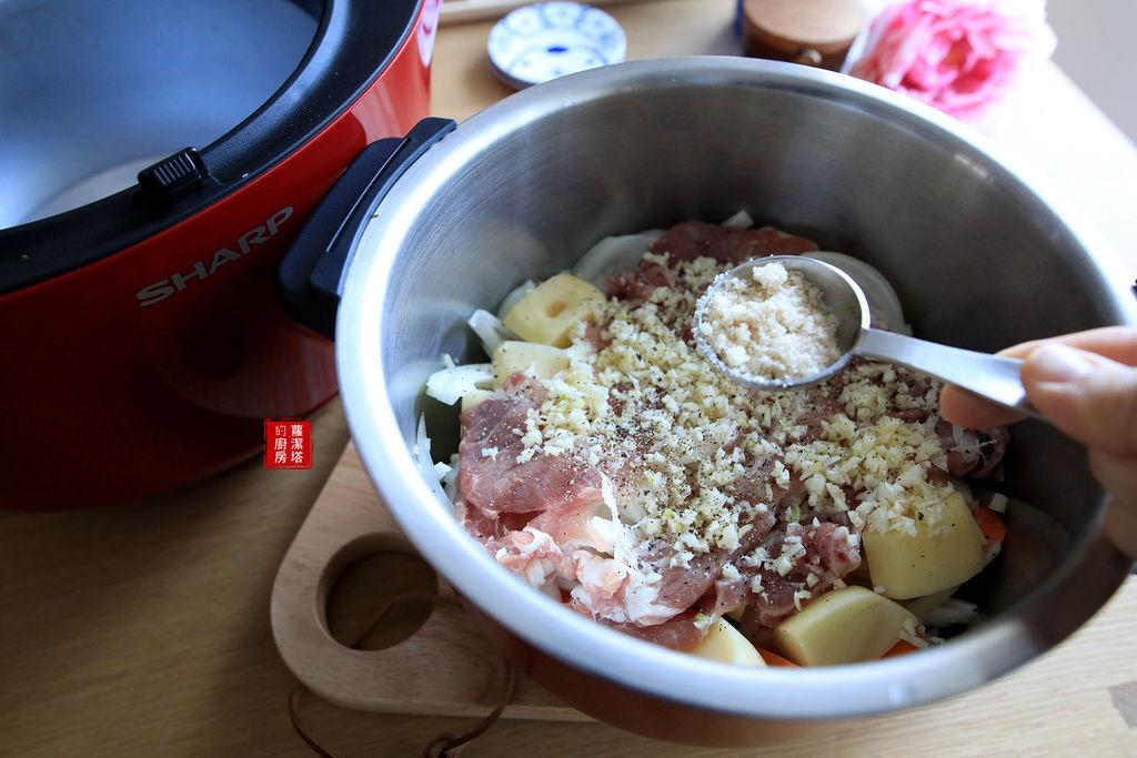 馬鈴薯燉肉05.jpg