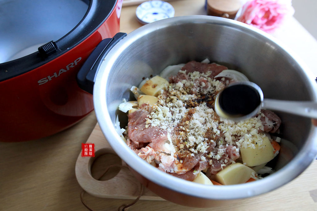 馬鈴薯燉肉06.jpg