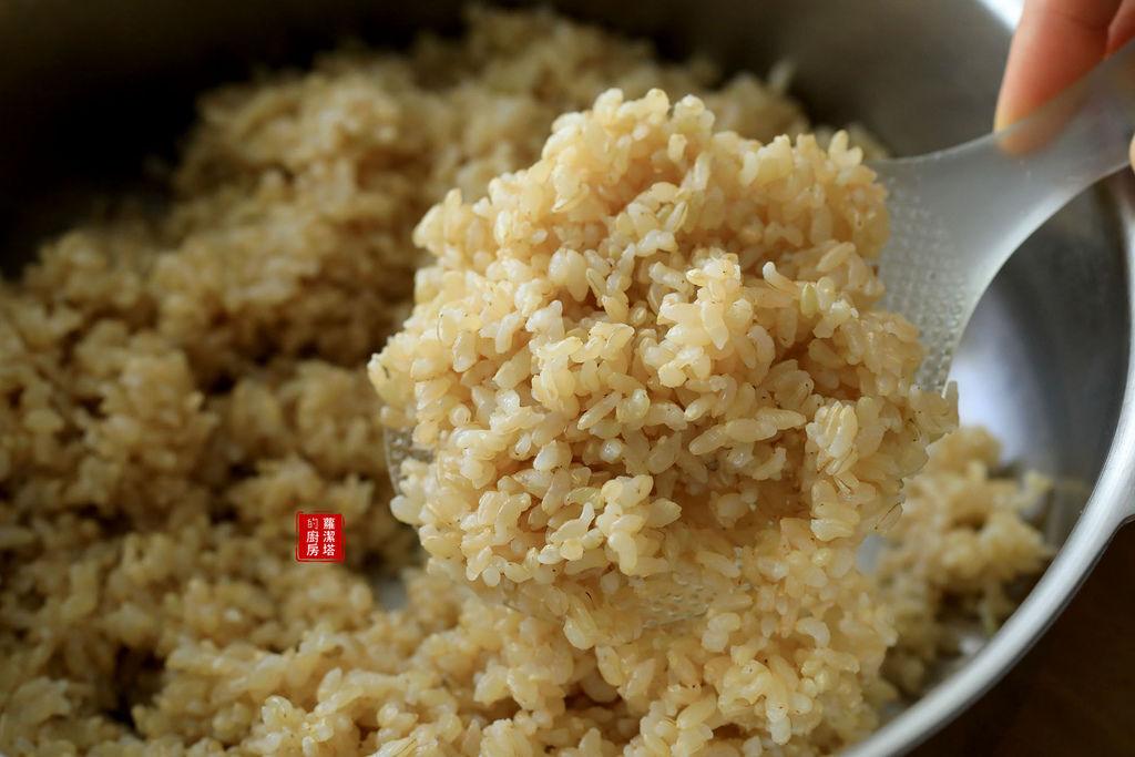 煮糙米飯03.jpg