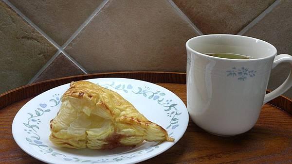 15450a7a25458f-蘋果酥餅.jpg