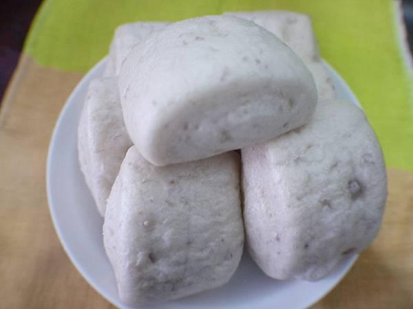 芋頭饅頭(1).JPG