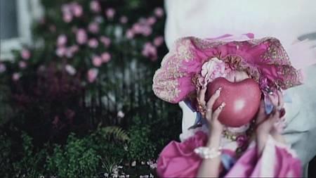 私の薔薇を喰みなさい[23-12-16]