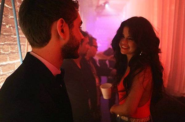 zedd-and-selena-gomez-i-want-you-to-know-video-still-2015-billbaord-650
