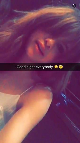 [20160608] Selena via her Snapchat (20)