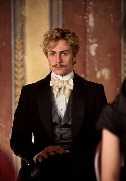 Aaron-Johnson-in-Anna-Karenina