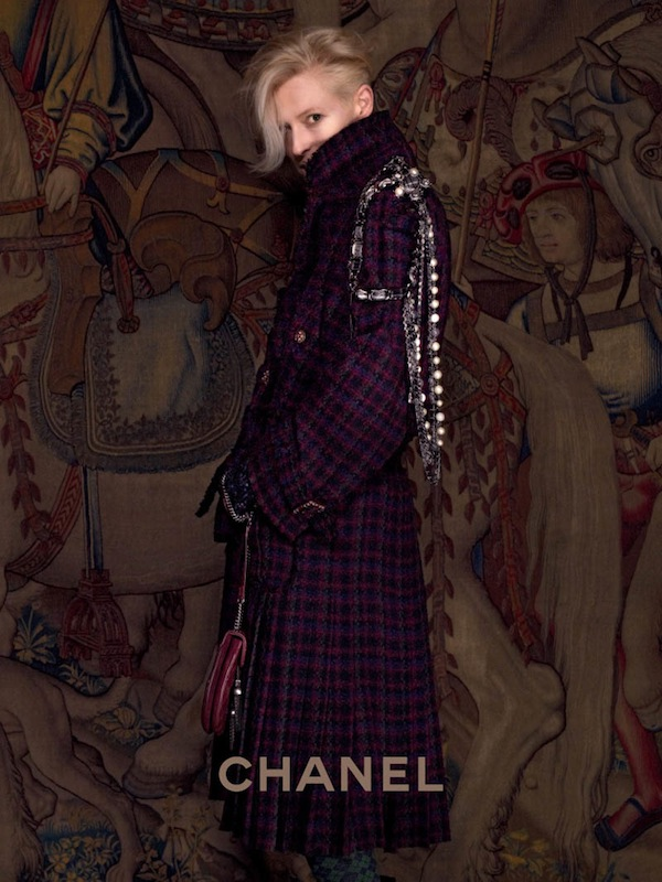 Tilda-Swinton-for-Chanel-Pre-Fall-2013-Paris-Edimbourg-collection-3