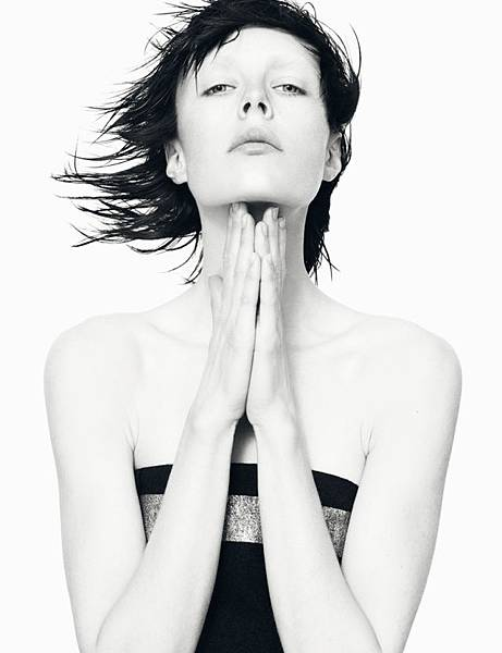 Edie-Campbell-Jil-Sander-fall-2013-campaign