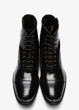 Alexander-McQueen-Black-Leather-Metal-Trimmed-Boots-1-323x450