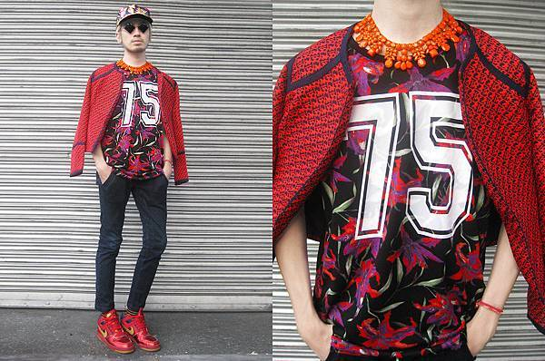 3116035_me_in_sporty_floral_layout