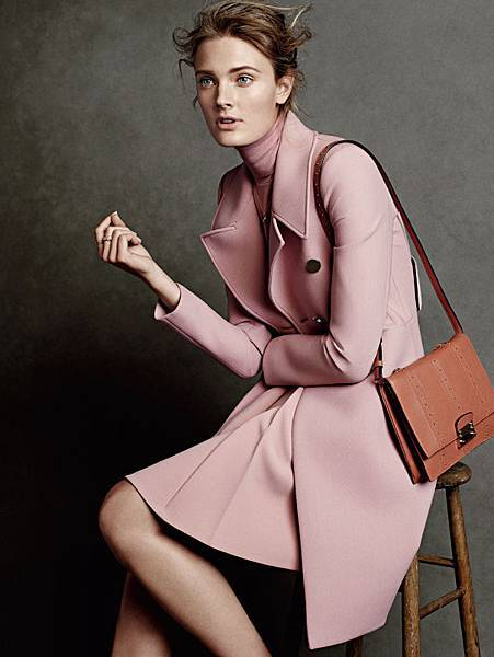 constance-jablonski-by-christian-macdonald-for-vogue-australia-november-2014-61