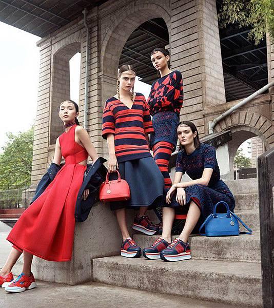 DKNY-Spring-2015-Gregory-Harris-01-620x697