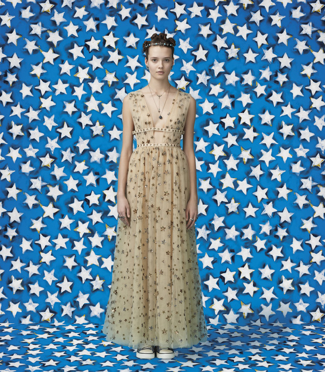 valentino-wonder-woman-capsule-collection-look-3.jpg