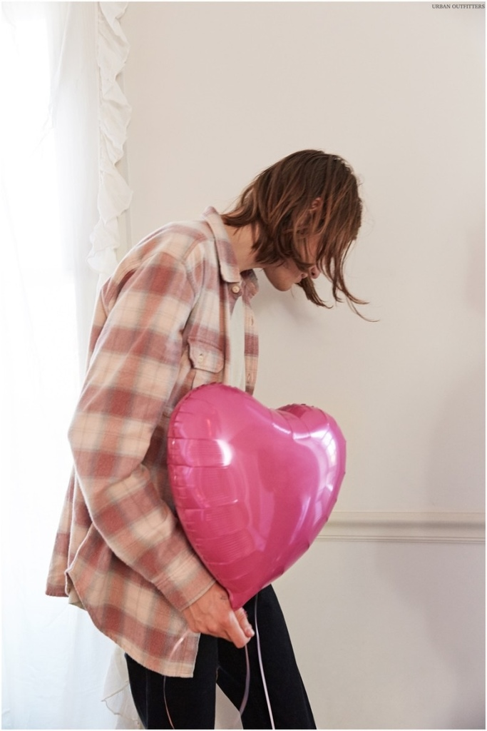 Urban-Outfitters-Valentines-Shoot-Marcel-Castenmiller-010-800x1200.jpg