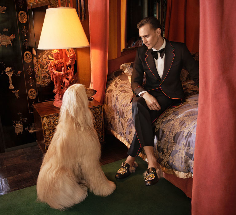 gallery-1474898501-elle-tom-hiddleston-gucci-03-glen-luchford.jpg
