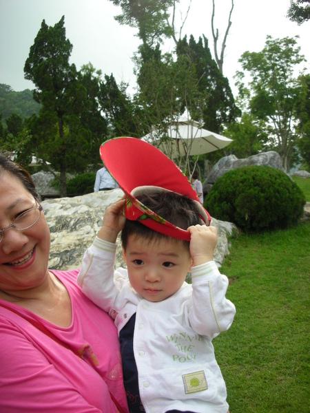 自己戴帽子2
