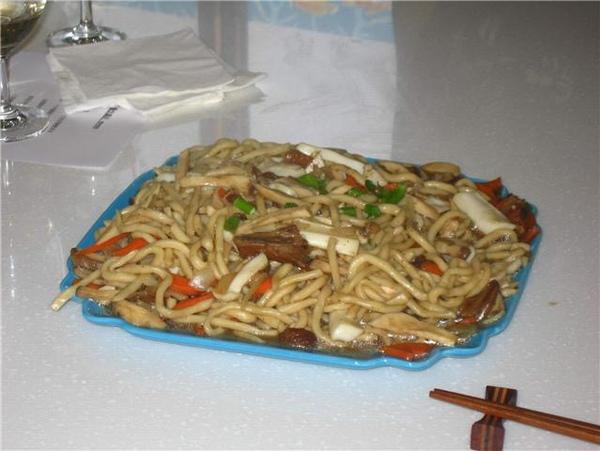 鮮菇炒拉麵