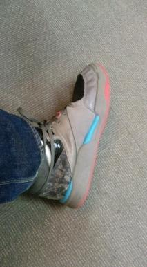 太郎球鞋.JPG