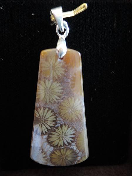 珊瑚玉項鍊