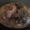 玫瑰石雕刻荷葉金魚
