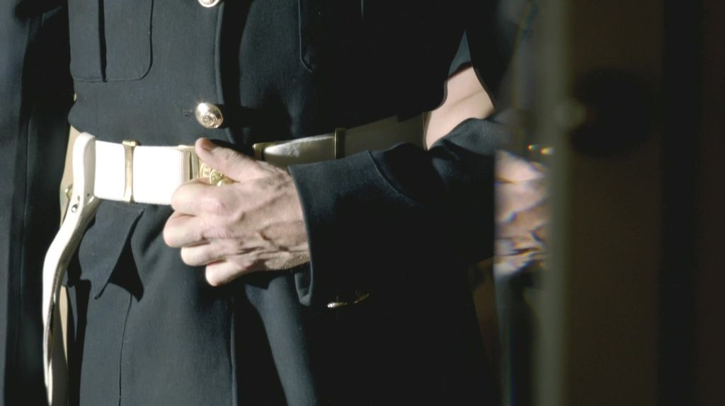 Sherlock.S03E02.The.Sign.of.Three.1080p.WEB-DL.DD5.1.H.264-BS.mkv_20140110_042616.540.jpg