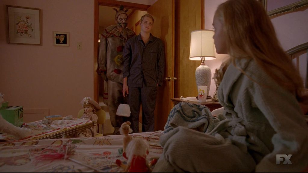 American.Horror.Story.S04E03.720p.HDTV.x264-KILLERS.mkv_20141025_012230.125.jpg