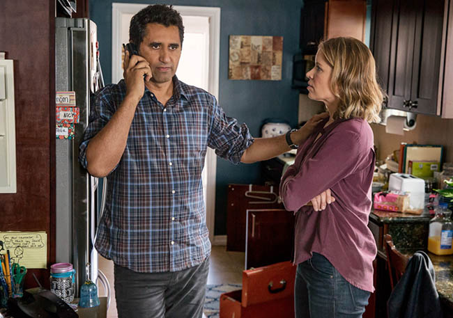 fear-the-walking-dead-episode-101-travis-curtis-madison-dickens-2-home-935.jpg