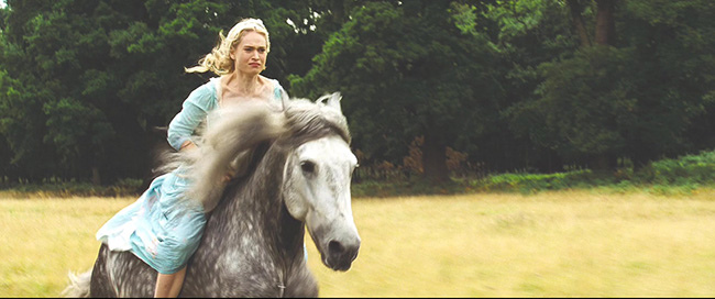 Cinderella.2015.720p.BluRay.x264-SPARKS.mkv_20150730_190506.640.jpg