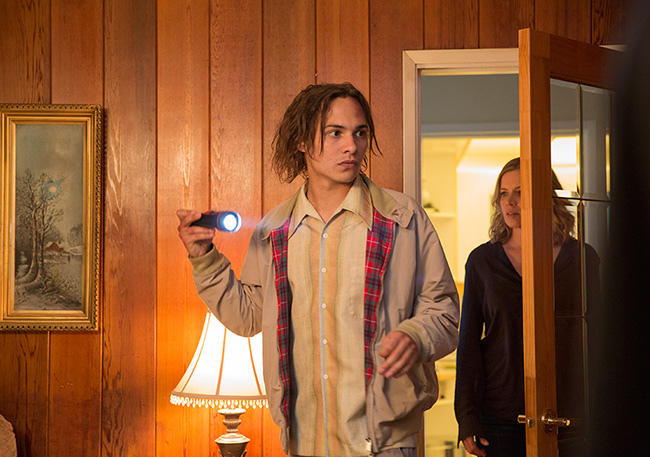 fear-the-walking-dead-episode-103-madison-dickens-3-935.jpg