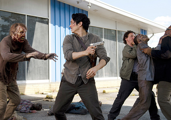 the-walking-dead-episode-601-glenn-yeun-4-935.jpg