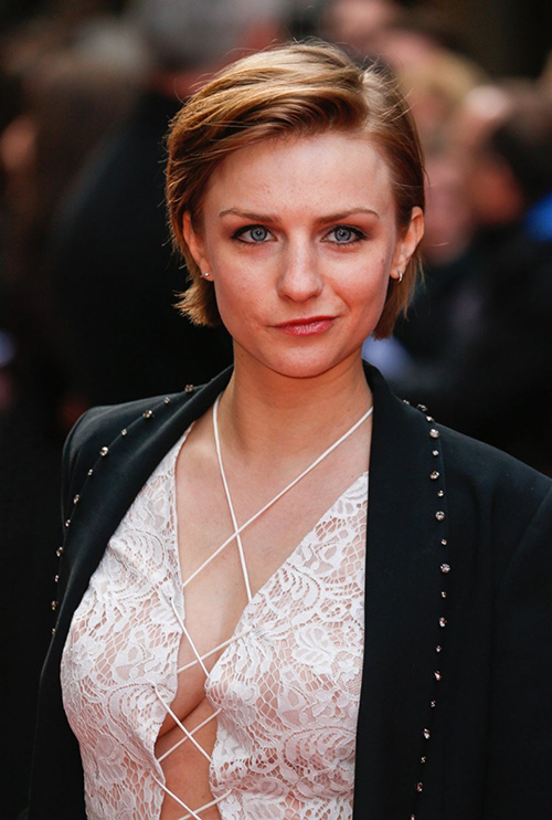 faye-marsay-at-jameson-empire-awards-2016-in-london-03-20-2016_22.jpg