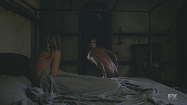 American.Horror.Story.S06E01.720p.HDTV.x264-AVS.mkv_20160917_162655.234.jpg