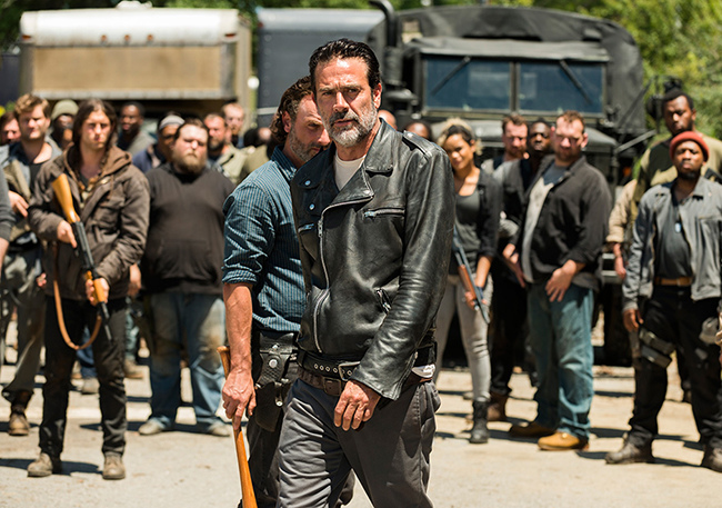the-walking-dead-episode-704-rick-lincoln-4-935.jpg