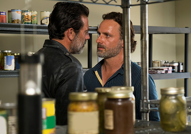 the-walking-dead-episode-704-rick-lincoln-935.jpg