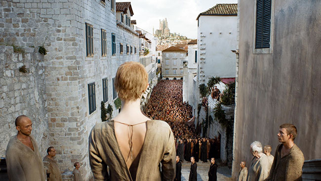 Cersei's-WalkofShame-S05E10.jpg