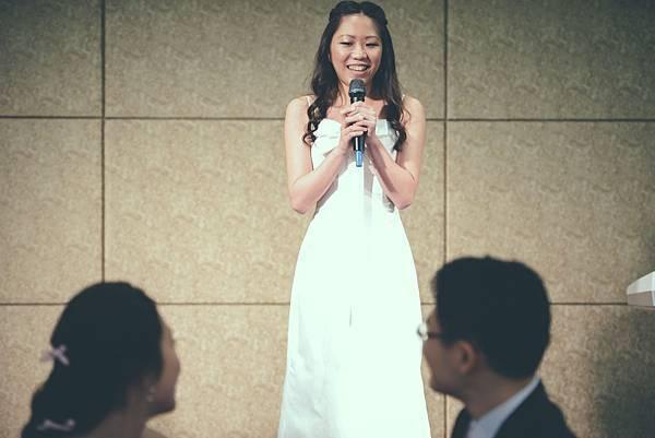 俊宇與怡晴(結婚)550.jpg