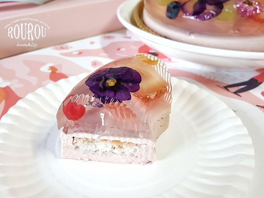 卡瓦真花瓣蛋糕15.jpg
