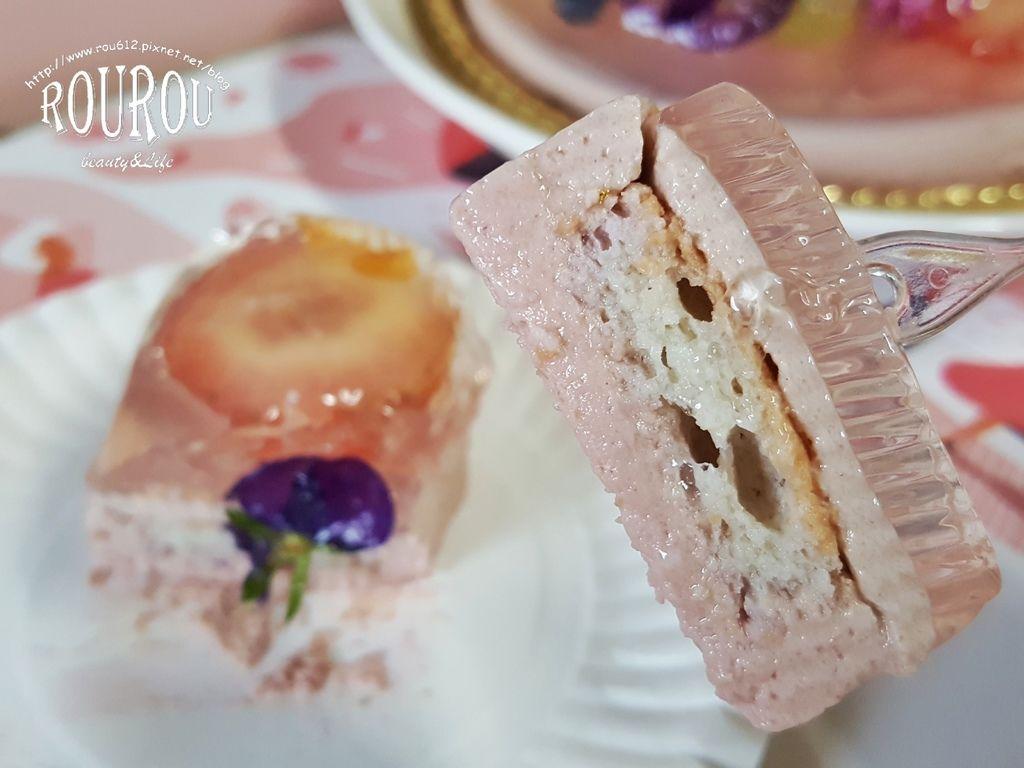 卡瓦真花瓣蛋糕17.jpg