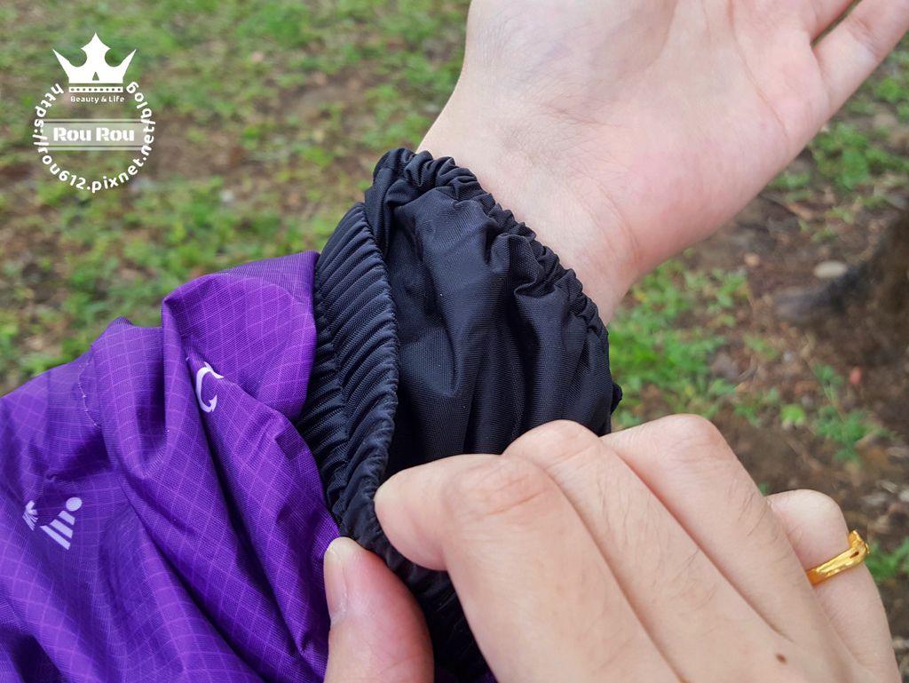 JUMP雨衣11.jpg