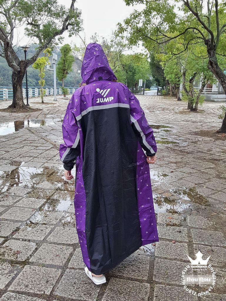 JUMP雨衣12.jpg