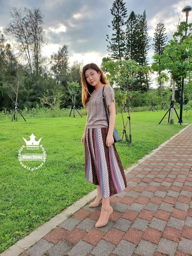 O-LIWAY台灣製針織衫2.jpg