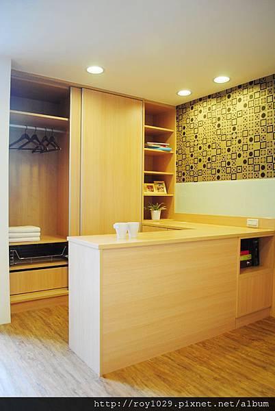 臥室設計-推拉門衣櫃