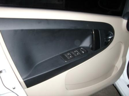 m;car4.jpg