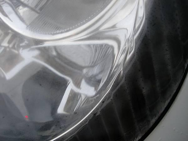 左大燈霧氣3.JPG