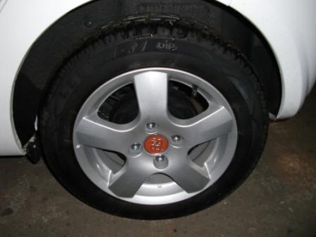 m;car17.jpg
