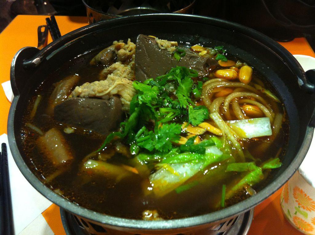 2013.02.23 傷心酸辣粉-綜合酸辣湯粉(豬腸、鴨血、牛肉)100