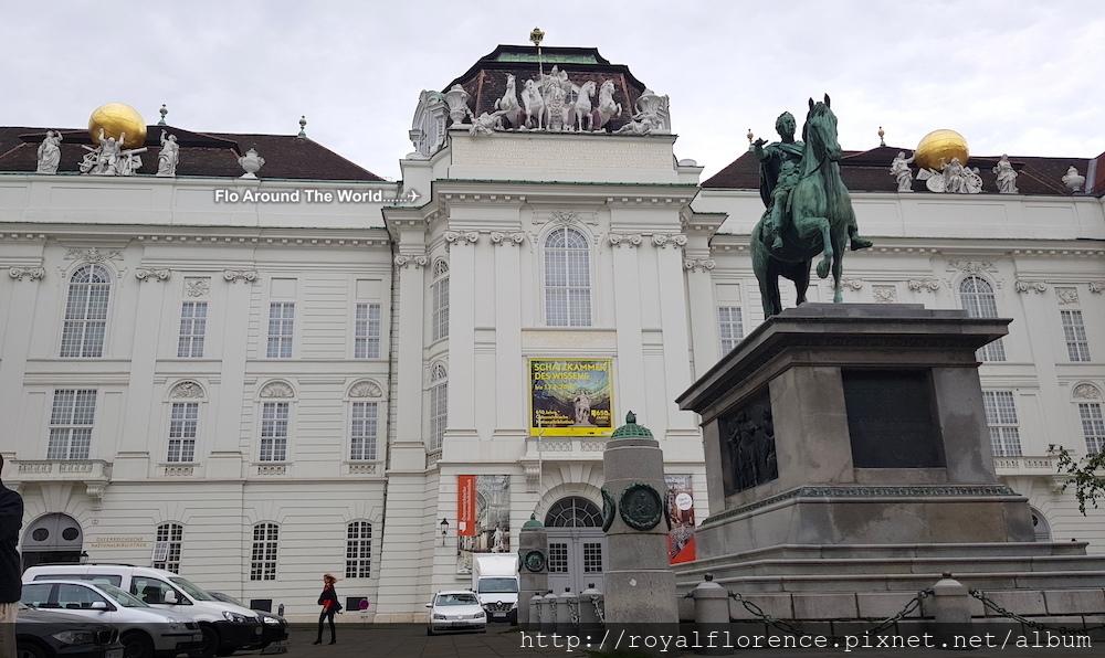 1霍夫堡35國家圖書館.jpg