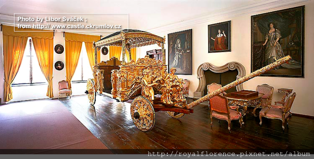Tour_22_Golden Carriage.png