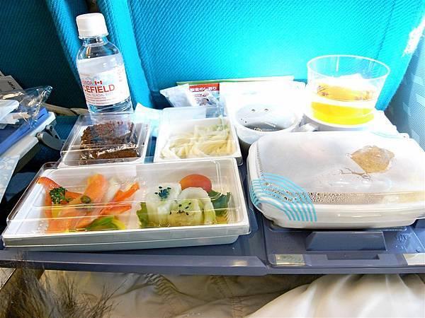 日亞航的餐