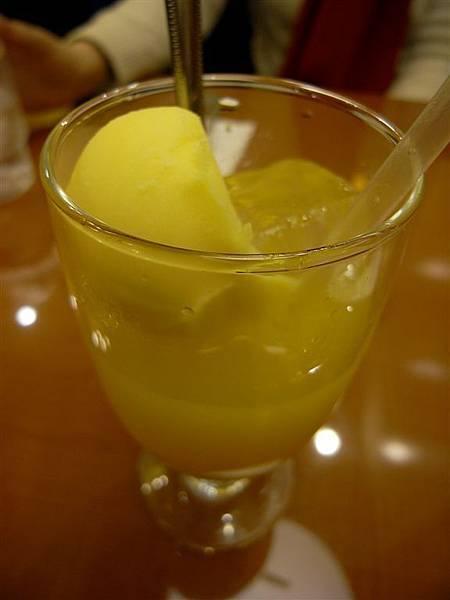 是不好喝的芒果汁和芒果冰