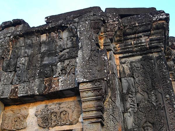 巴肯山上這座國王廟也是一個以須彌山概念為主要建築意向的寺廟